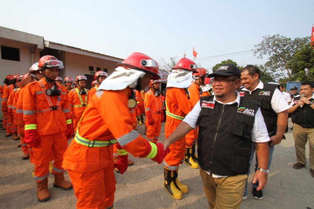 Presiden ACT Ibnu Khajar juga memberangkatkan petugas pemadam kebakaran