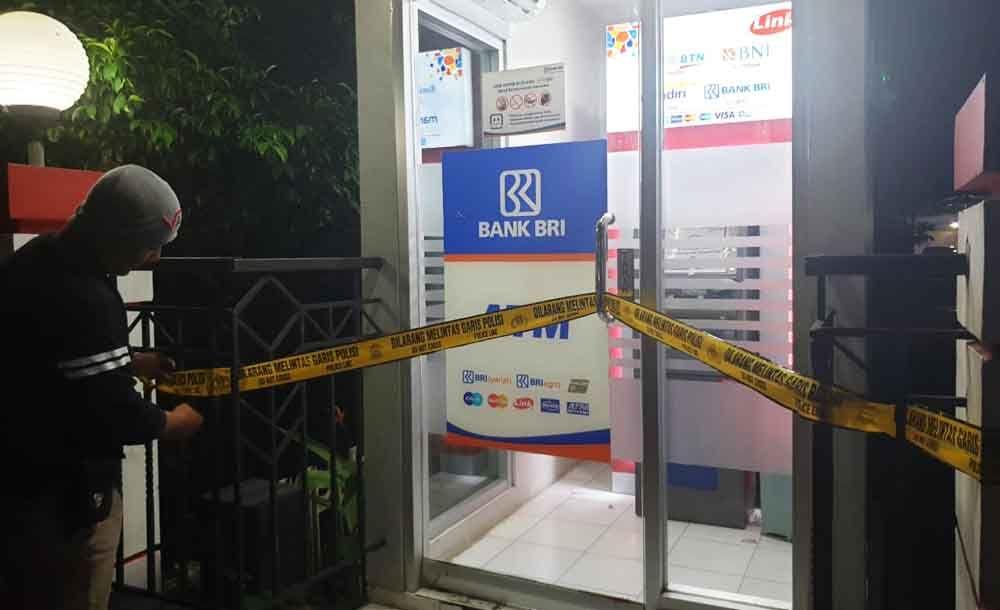 Salah satu mesin ATM yang terindikasi disabotase di Blitar