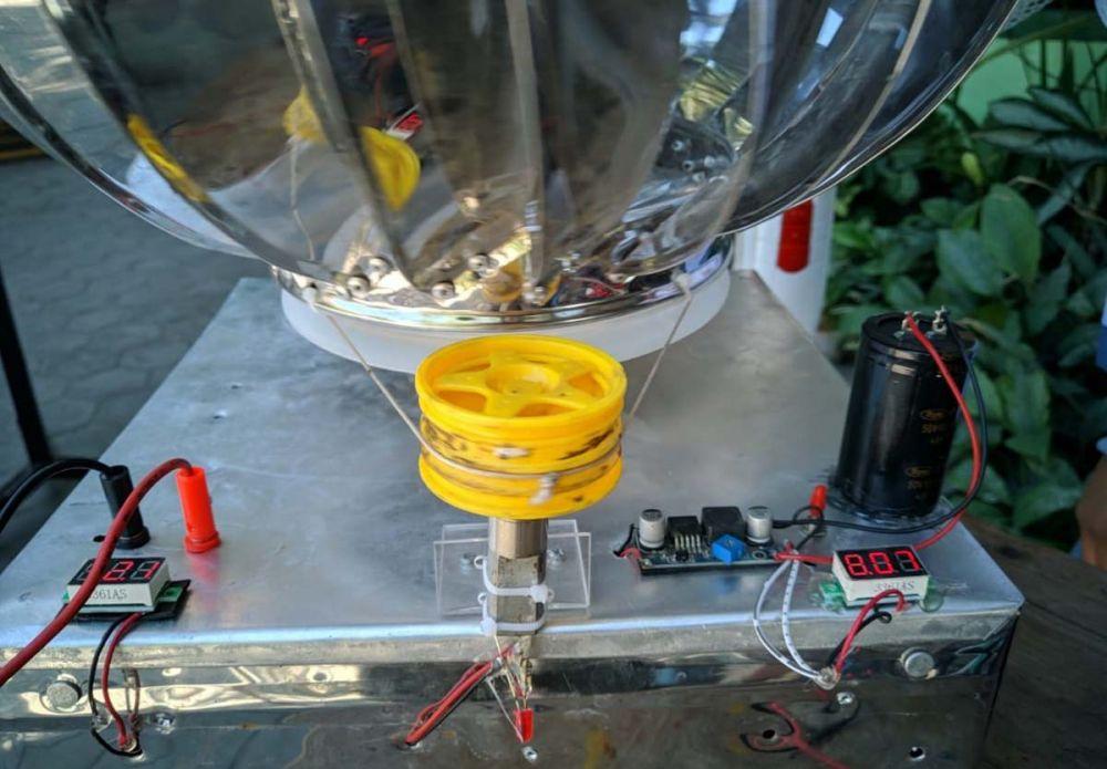 Rangkaian alat pembangkit listrik tenaga angin ciptaan tiga pelajar MAN 1 Ponorogo