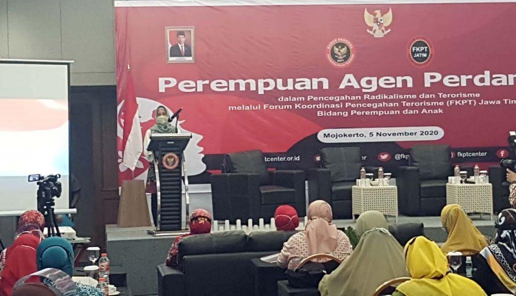 BNPT dan FKPT Jatim menggelar Diskusi dan Deklarasi Perempuan Agen Perdamaian di Kota Mojokerto