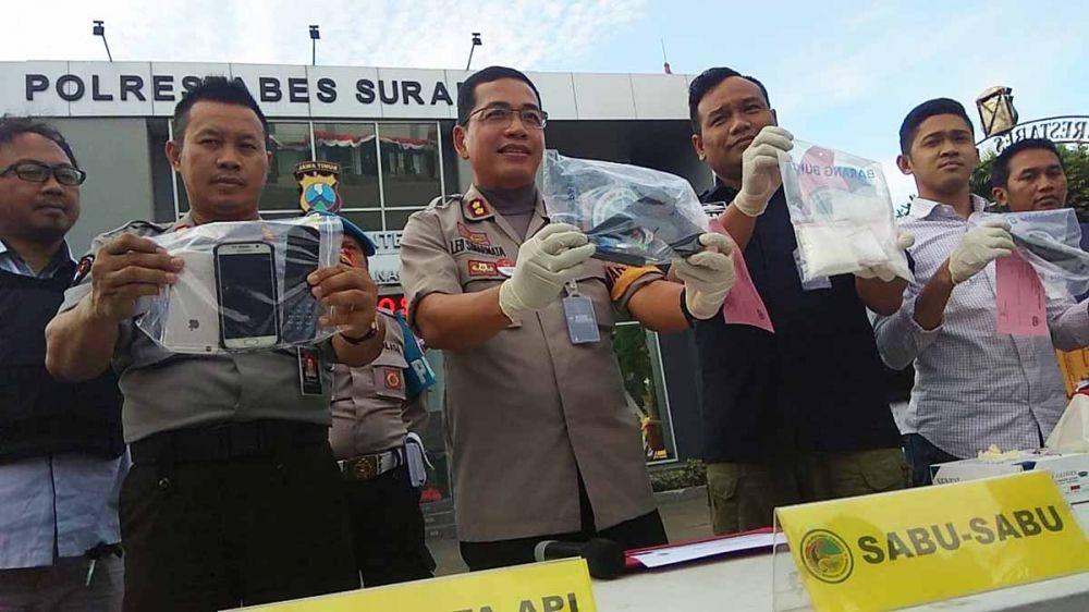 Barang bukti narkoba milik Luis dibeberkan di Mapolrestabes Surabaya