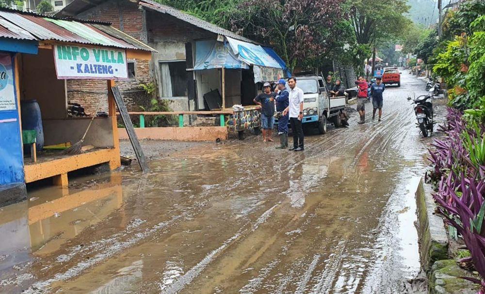Banjir lumpur di kawasan Songgoriti, Kota Batu