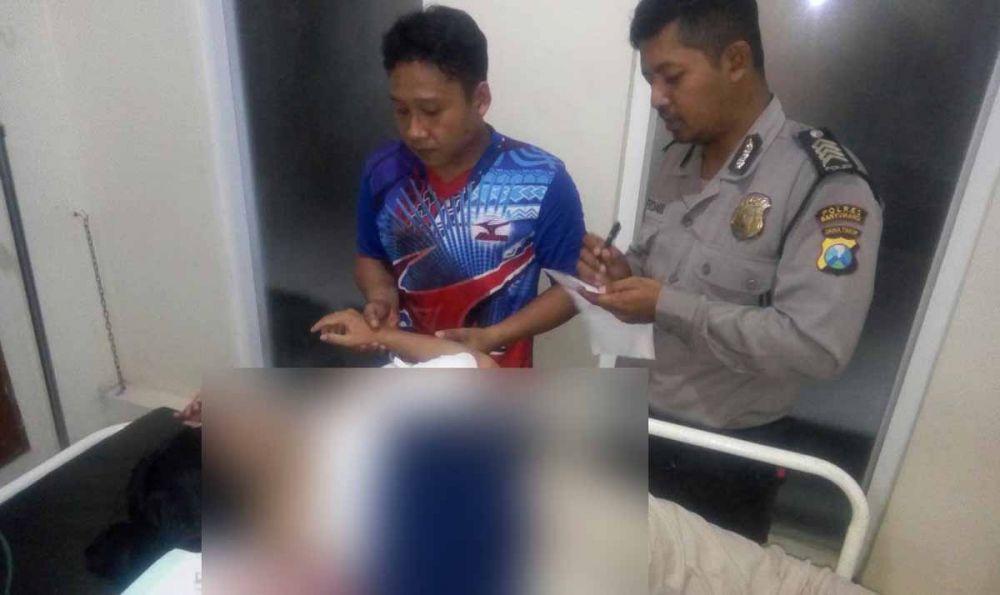 Korban Dwi Ratna Sari mendapat perawatan di rumah sakit