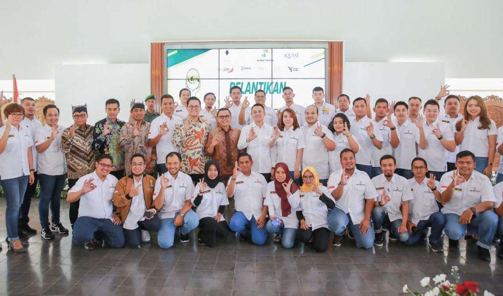 Bupati Anas dan para pengusaha muda yang tergabung dalam HIPMI Banyuwangi