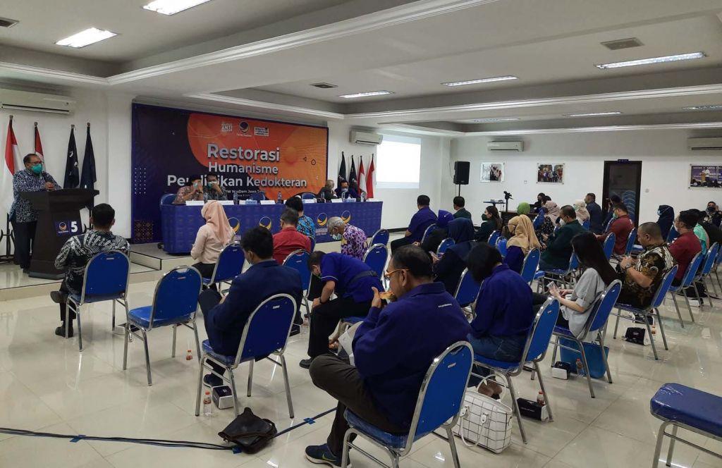 Partai NasDem Jatim menggelar diskusi bertajuk Restorasi Humanisme Pendidikan Kedokteran di Surabaya