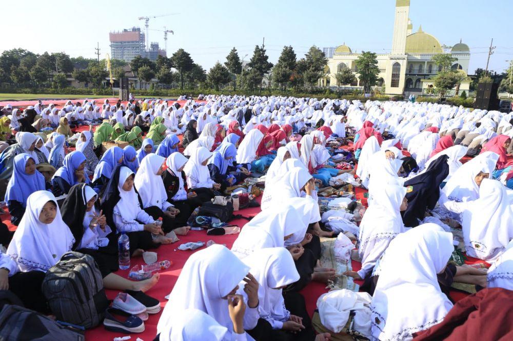 Doa bersama juga melibatkan para pelajar dan mahasiswa di Jawa Timur