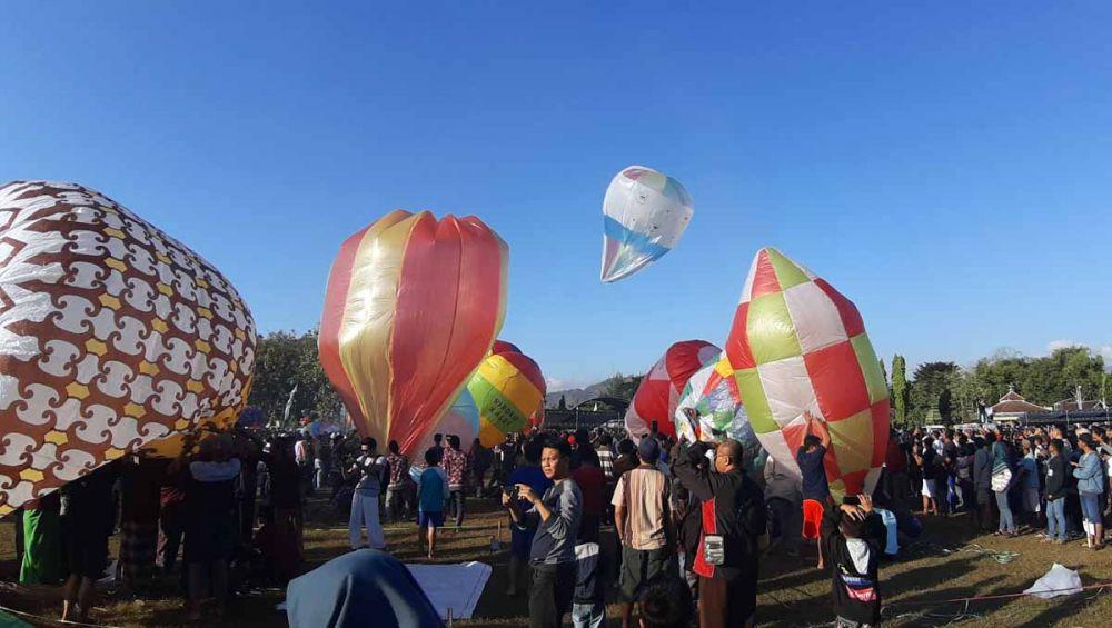 Festival balon udara di Ponorogo