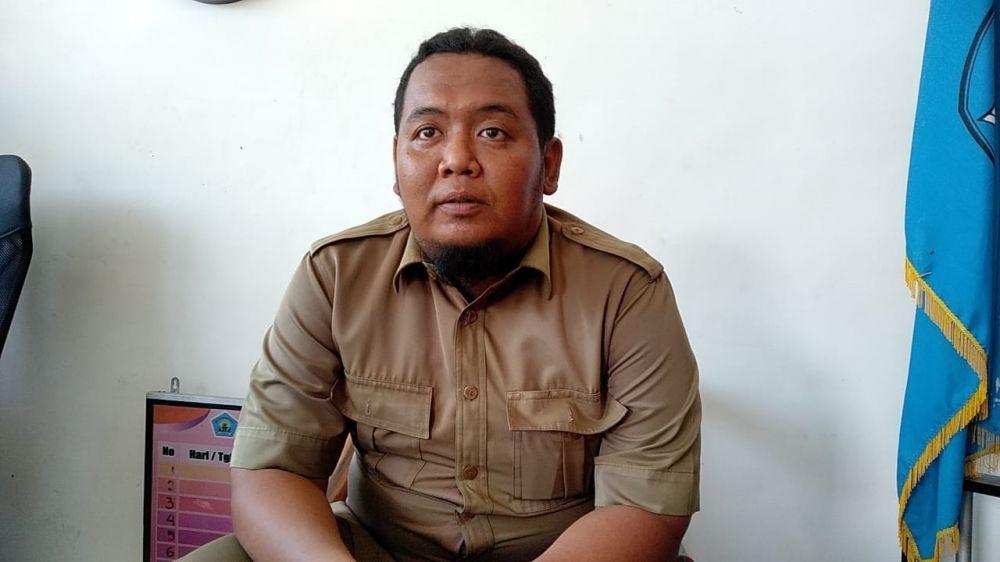 Humas SMK Mutu Kota Pasuruan, Sandi Huntoro