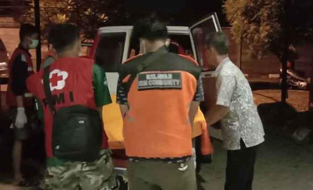 Jenazah dibawa ke RS Bhayangkara Polda Jatim