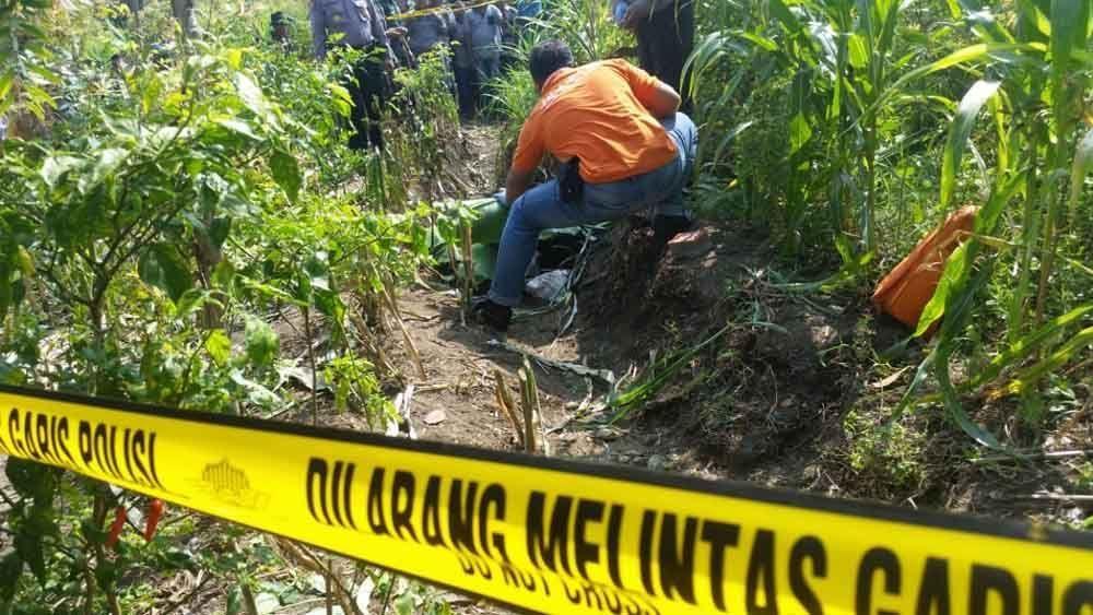 Tim Inafis Polres Mojokerto Kota melakukan identifikasi di TKP