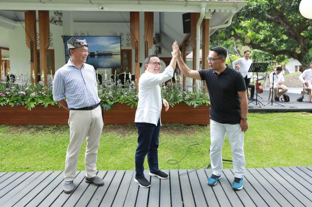 Kang Emil melakukan kunjungannya di Banyuwangi ditemui Bupati Anas