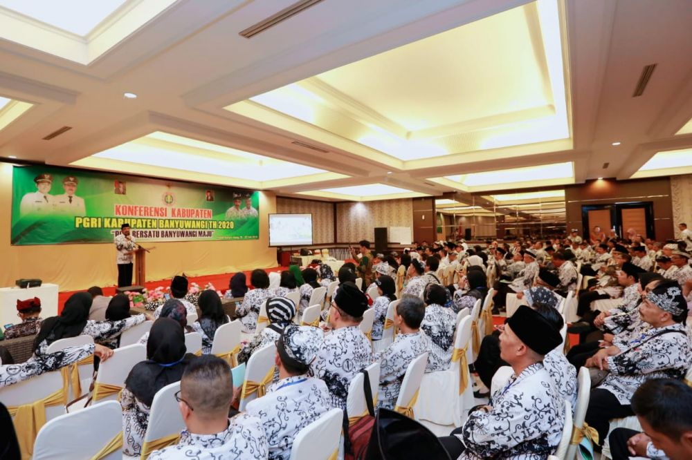 Konferensi PGRI Kabupaten Banyuwangi di Hotel New Surya, Jajag