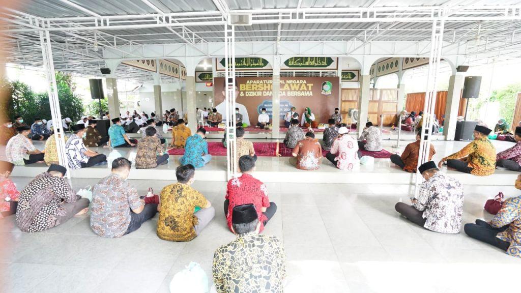 ASN Banyuwangi gelar sholawatan, dzikir dan doa bersama