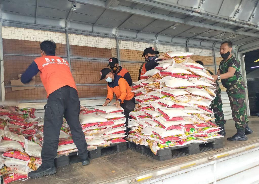 Bantuan dari Pemprov Jatim untuk korban bencana di Sulbar dan Kalsel