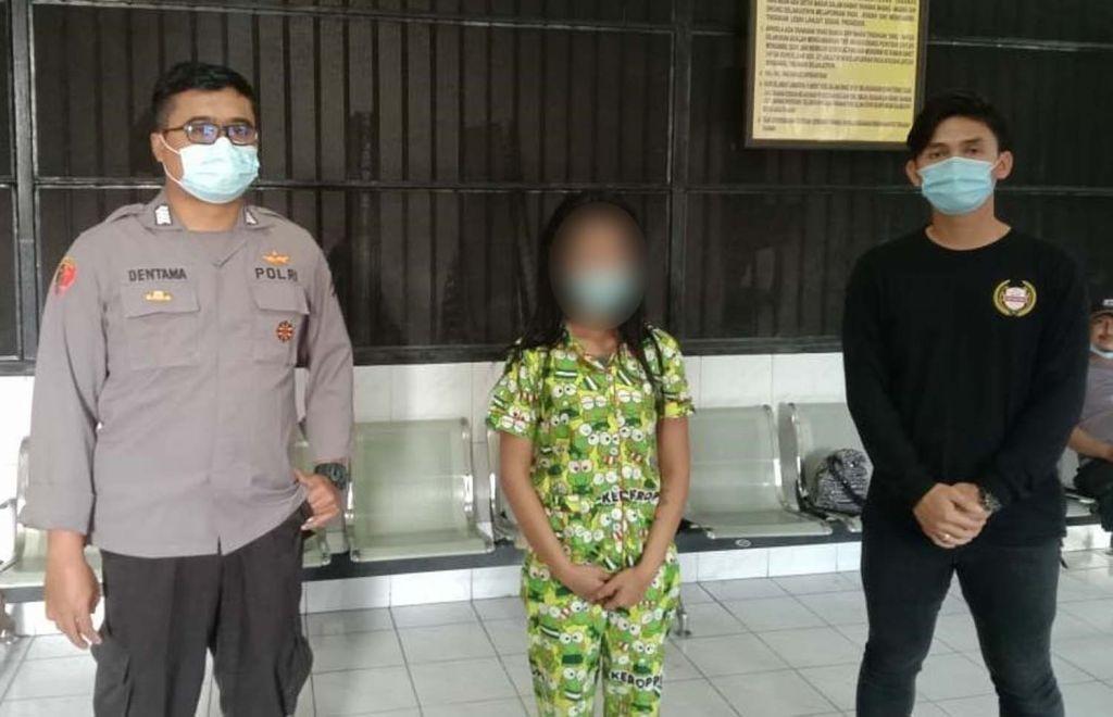 Janda MiChat yang tipu pelanggannya diamankan Polsek Genteng, Polrestabes Surabaya