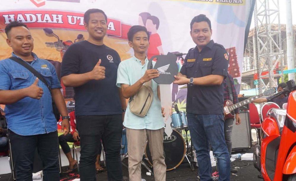 Ratusan hadiah menarik dibagikan dalam puncak Bulan Bhakti Karang Taruna ke-59 di Surabaya