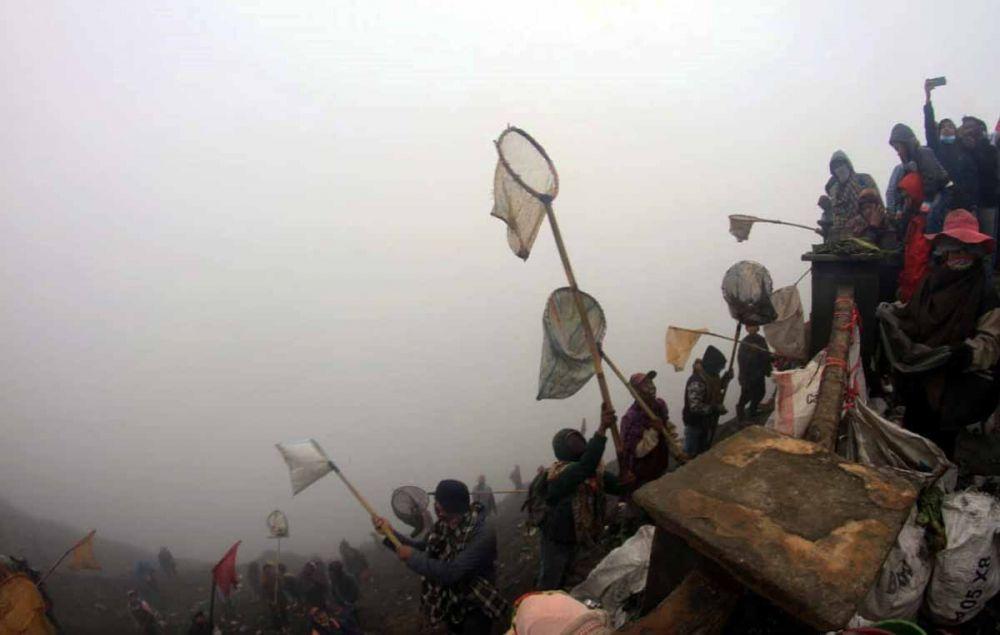 Upacara Kasada di Gunung Bromo