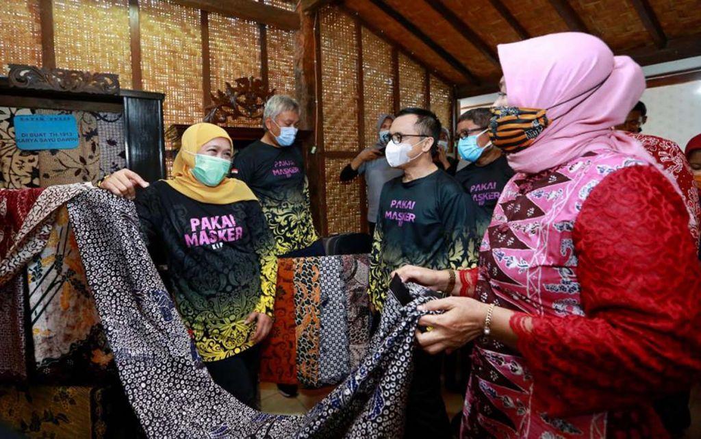 Gubernur Jatim Khofifah Indar Parawansa kunjungi pelaku UMKM di Banyuwangi