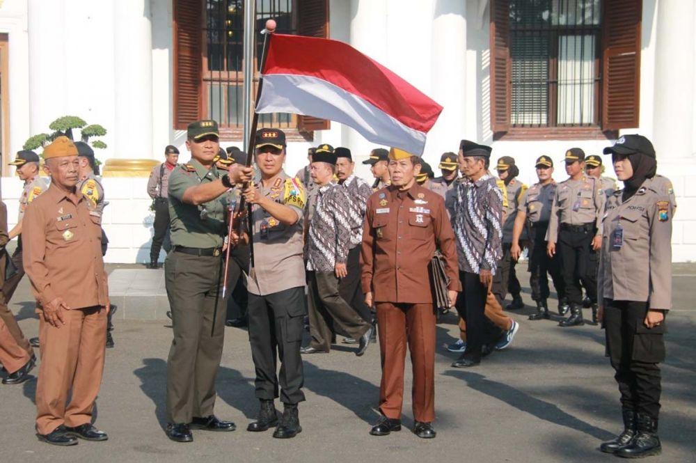 Kapolrestabes Surabaya bersama Danrem 084 Bhaskara Jaya