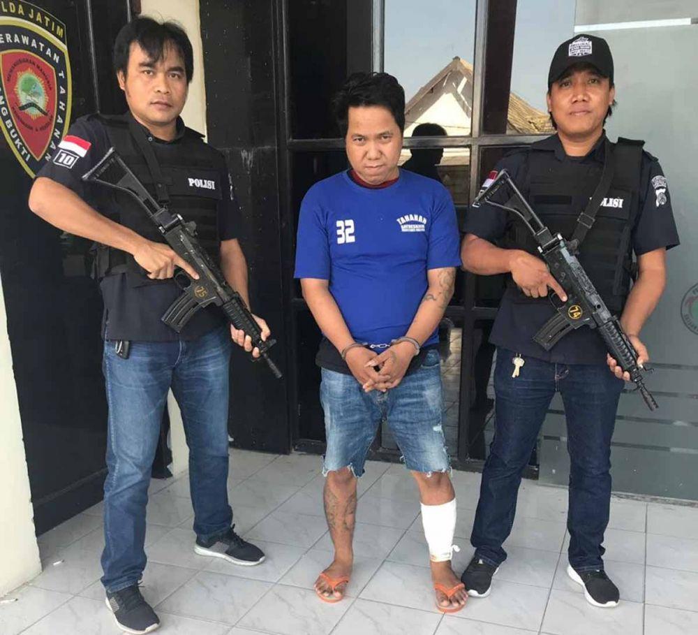 Muksin, kurir narkoba yang ditembak kakinya