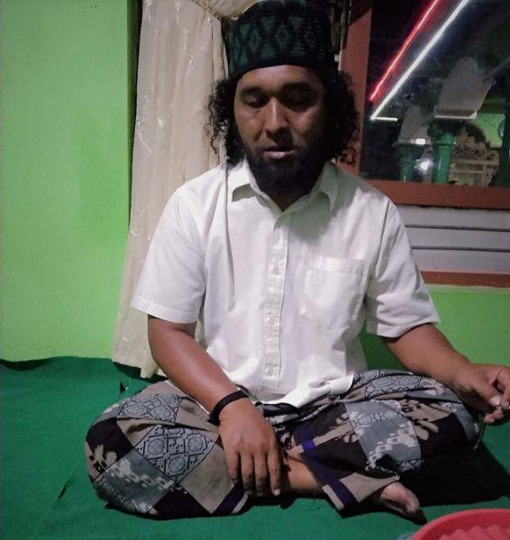 Hasan Ashari, pria yang meninggal dalam posisi sujud salat semasa hidup