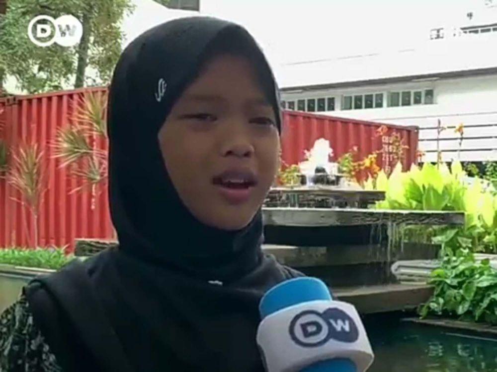 Nina, aktivis lingkungan cilik asal Gresik (Foto: Tangkapan layar video DW/Kedubes Jerman Indonesia yang beredar)