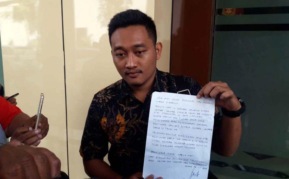 Kuasa Hukum SA menunjukkan surat permohonan maaf kliennya