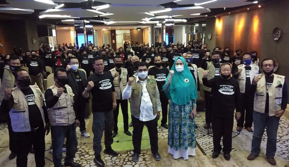 Para Rohaniawan Surabaya (Pros) menggelar deklarasi memenangkan Calon Wali Kota Surabaya Irjen Pol (Purn) Machfud Arifin
