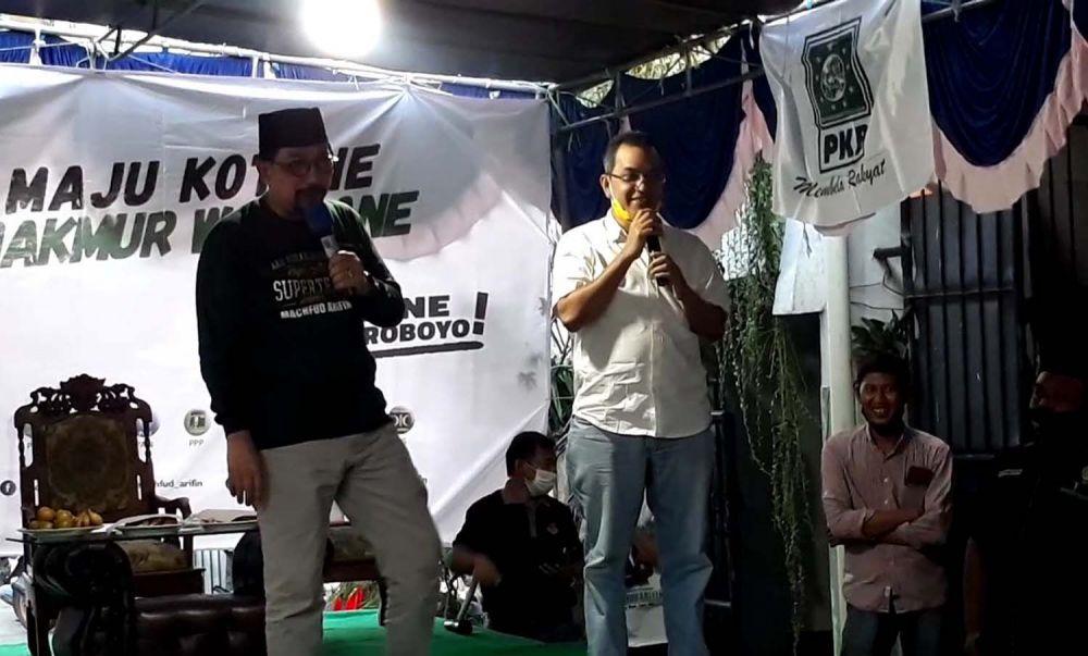 Cawali Surabaya Machfud Arifin bersama warga Kampung Setro III, Gading, Tambaksari