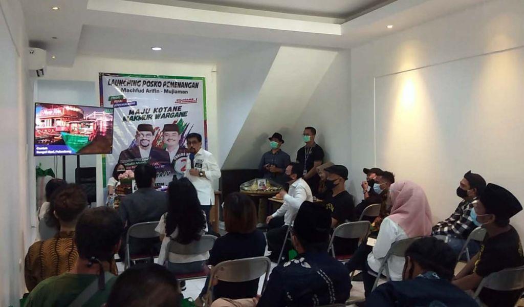 Cawali Surabaya bersama relawan Jaringan Kemandirian Nasional (Jaman) Jatim