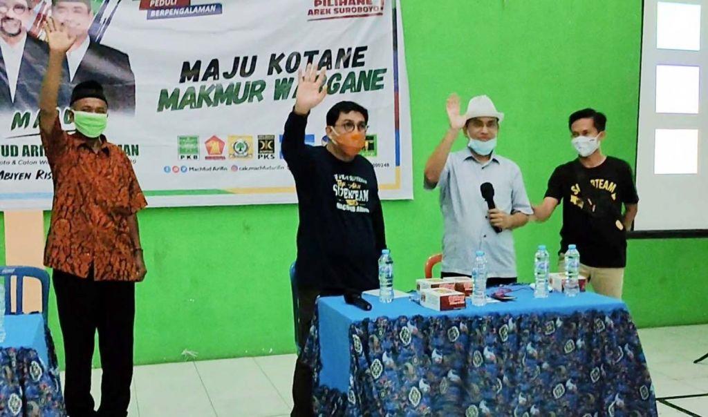 Calon Wali Kota Surabaya Nomor Urut 2, Machfud Arifin menyapa warga Bangunsari, Dupak