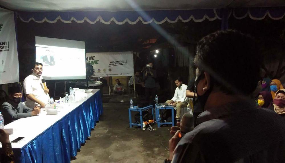 Cawali Surabaya Machfud Arifin saat menyapa warga Sidosermo, Wonocolo
