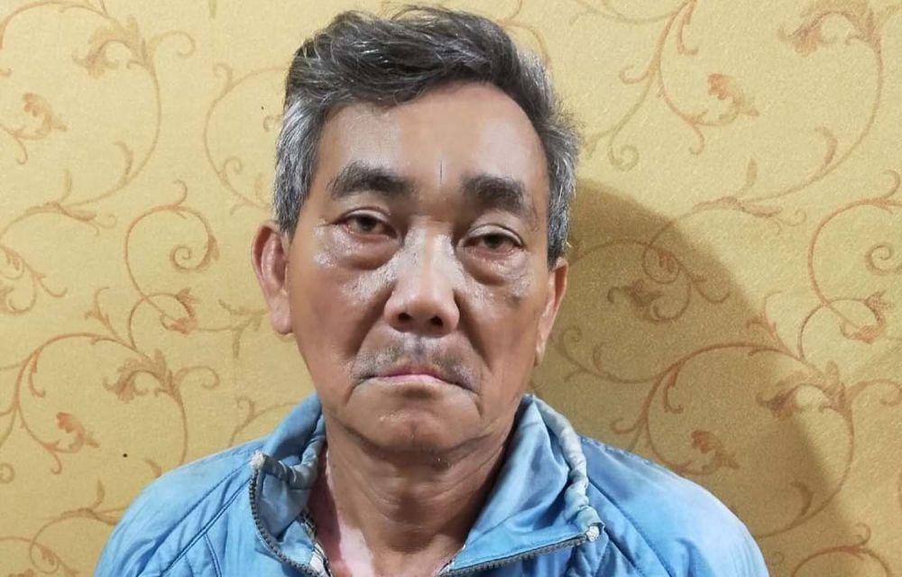 Tetangga yang melukai wajah wanita diamankan di Mapolsek Sawahan, Surabaya