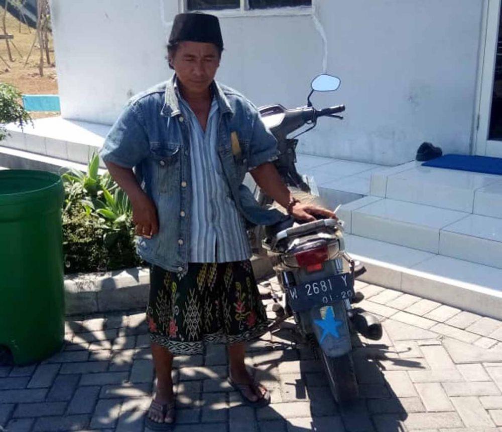 Mujib, pemotor yang ngebut di Jalan Tol Warugunung, Surabaya