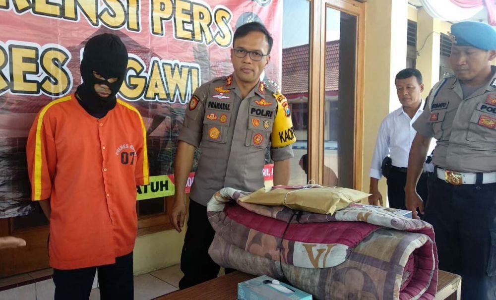Kapolres Ngawi AKBP Pranatal Hutajulu membeberkan pelaku dan barang bukti