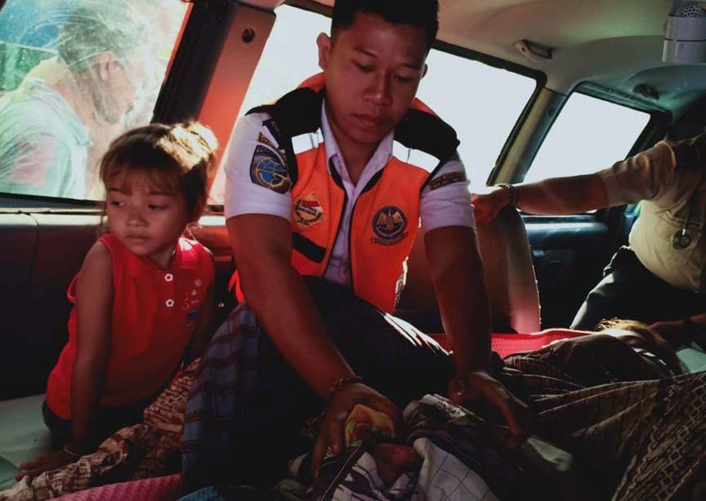 Ibu dan bayi yang dilahirkannya di atas kapal penyeberangan Gilimanuk-Ketapang dalam kondisi sehat