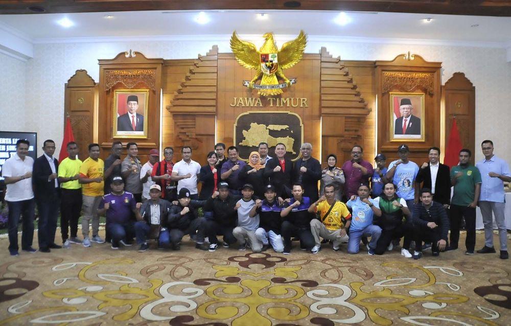 Suporter 8 Tim Peserta Piala Gubernur Jatim 2020 Deklarasi