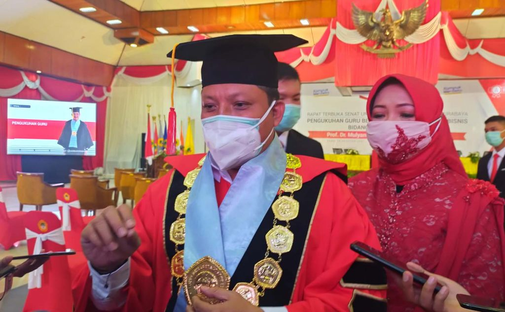 Rektor Untag Surabaya Prof. Dr. Mulyanto Nugroho