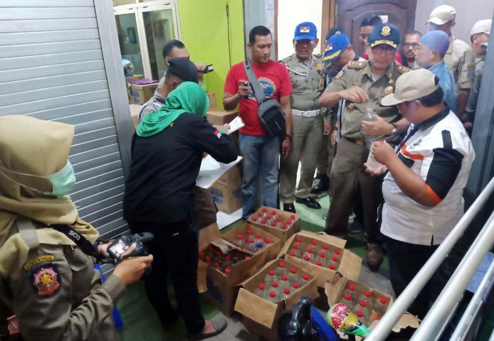 Ratusan botol miras disita Satpol PP Kota Probolinggo