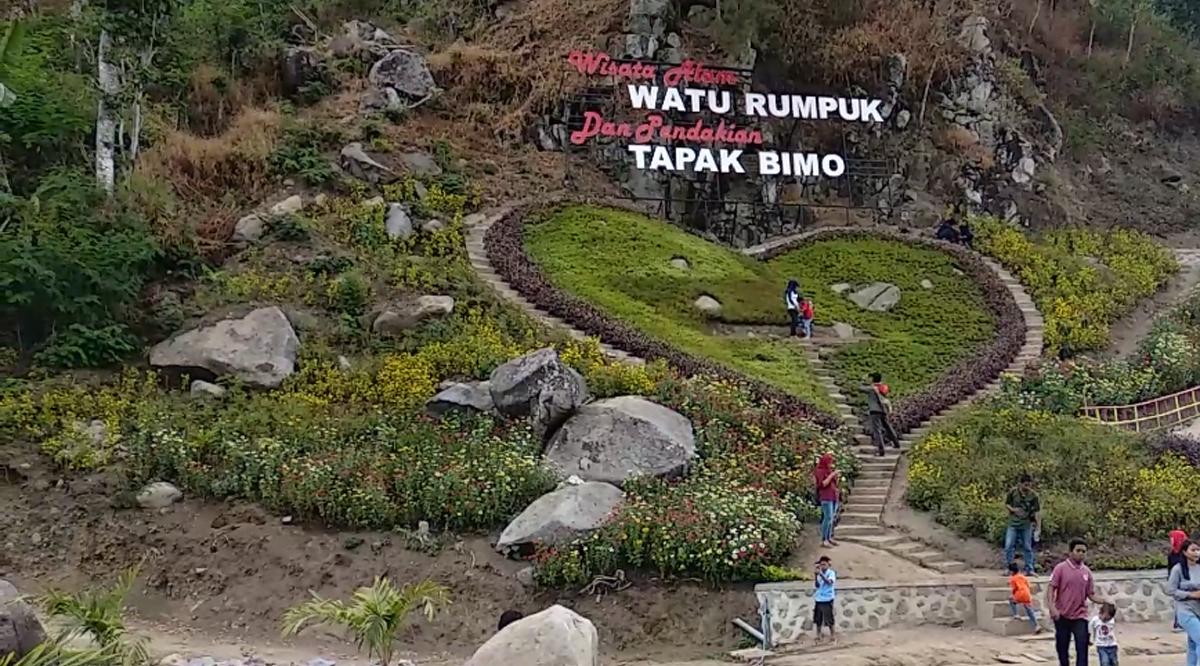 Menikmati Wisata Watu Rumpuk, Batu Bertumpuk dengan Aneka Spot Selfie
