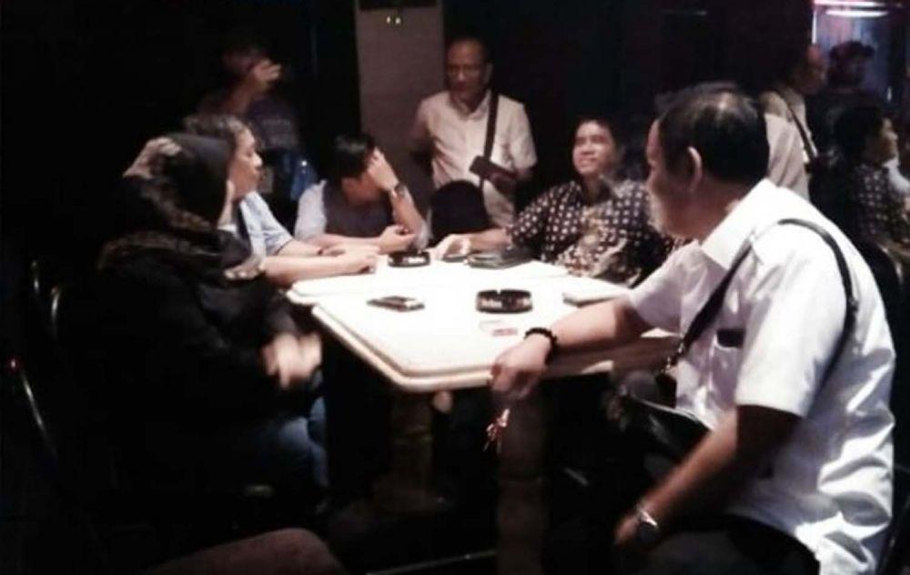 Sidak Komisi A DPRD Kota Surabaya di rumah pijat Jalan Tunjungan