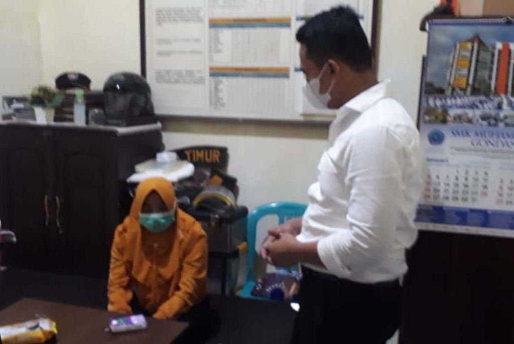 NF, seorang istri yang membantu suaminya menggelapkan belasan mobil rental diamankan polisi