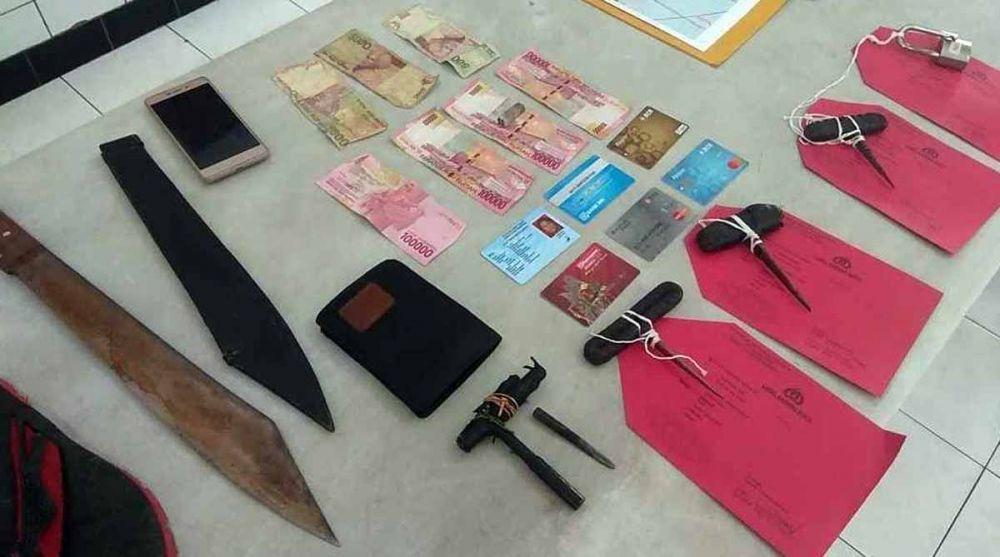 barang bukti kejahatan sang bandit