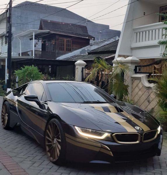 Penampakan supercar yang dibeli Tom Liwafa dari Atta Halilintar
