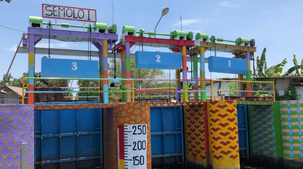 Rumah Pompa Air di Surabaya Dipercantik