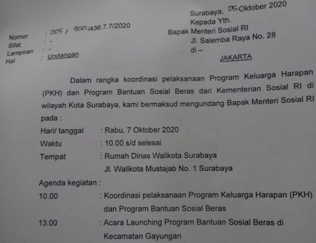 Undangan dari Wali Kota Surabaya Tri Rismaharini kepada Menteri Sosial yang beredar