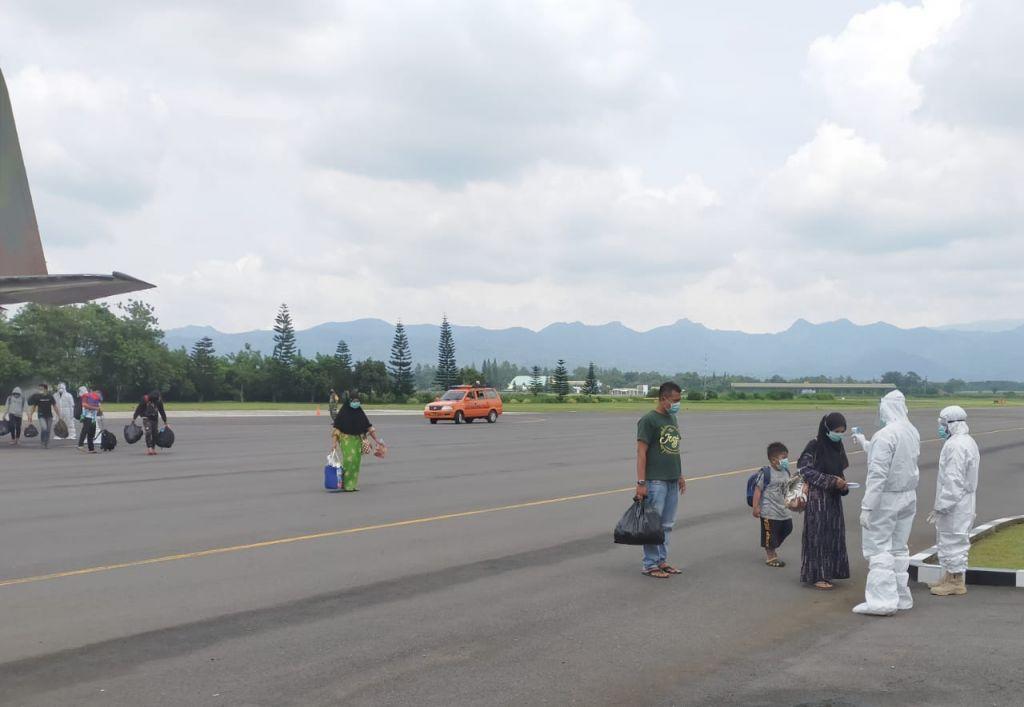 48 pengungsi Sulbar balik kampung ke Jatim