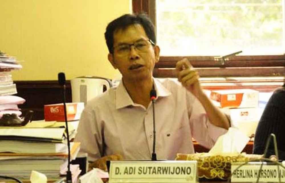 Ketua Pansus LKPj, Adi Sutarwijono