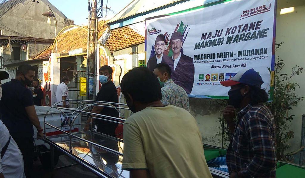 Keranda jenazah untuk warga Kampung Malang Utara, Tegalsari, Surabaya dari drg David Andreasmito