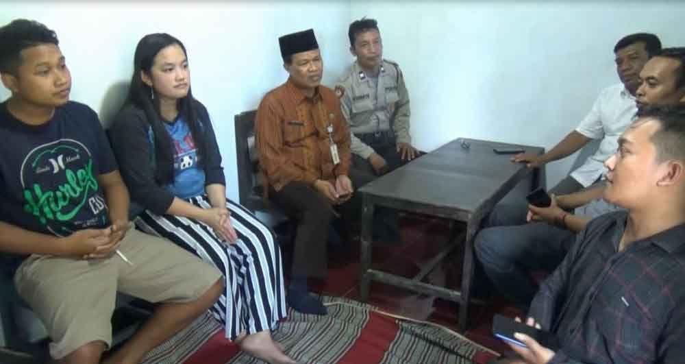 KPU Pacitan jenguk Eka di rumah usai keguguran anak